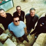 Los Lobos turns up the beat