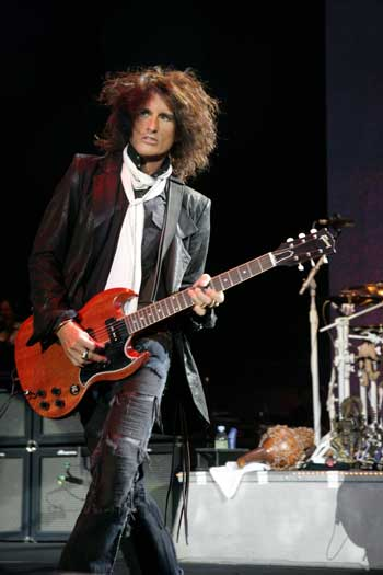 Speaking with ... Joe Perry