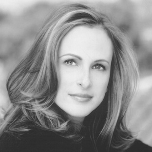 Go Away With ... Marlee Matlin