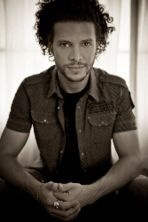 Go Away With ... Justin Guarini