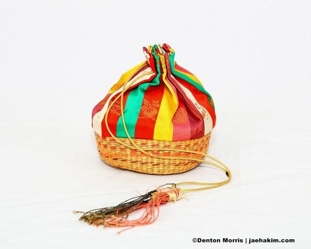 Jumoni (주머니), children and trust